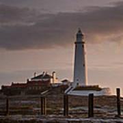 St Marys Lighthouse After Sunrise Art Print