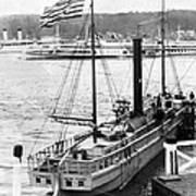 Steamer In The Hudson River - New York - 1909 Art Print