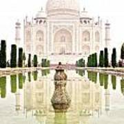 Taj Mahal On The Vertical Art Print