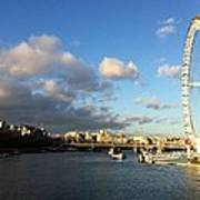 The Eye Over Thames Art Print