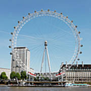 The Millennium Wheel And Thames Art Print by Richard Newstead