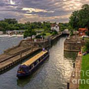 The River Thames At Goring Art Print