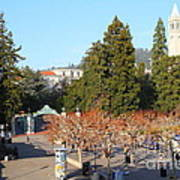 Uc Berkeley . Sproul Plaza . Sather Gate And Sather Tower Campanile . 7d10000 Art Print
