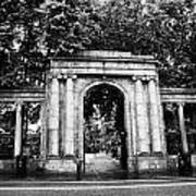 union street facade to the old kirkyard churchyard o the kirk of St Nicholas aberdeen scotland uk Art Print