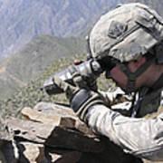U.s. Army Soldier Monitors An Afghan Art Print