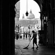 Venice Morning Sweeper Art Print