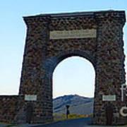 Yellowstone Roosevelt Arch Art Print