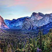 Yosemite Valley From Tunnel Art Print