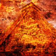 C H I C H E N  .  I T Z A .  Pyramid Art Print