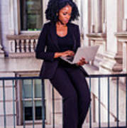 African American Businesswoman Working In New York Art Print
