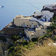 Cliff Perched Houses In The Town Of Oia On The Greek Island Of Santorini Greece Art Print