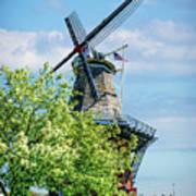 De Zwaan Windmill Art Print