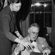 Fdr Presidency. First Lady Eleanor Print by Everett