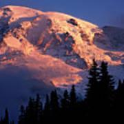 Mt. Rainier Dawn And Clouds Art Print