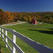 New England Barn In Autumn Art Print