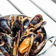 Stewed Fresh Mussels In Spicy Garlic Wine Seafood Sauce Art Print