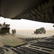 Tikrit, Iraq - A Ch-47 Chinook Art Print