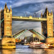 Tower Bridge And The Dixie Queen Art Print