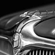 1934 Nash Ambassador 8 Hood Ornament 2 Art Print