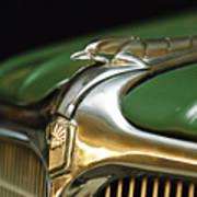 1934 Nash Ambassador 8 Hood Ornament Art Print