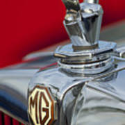 1947 Mg Tc Non-standard Hood Ornament Art Print