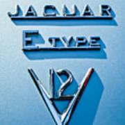 1972 Jaguar E-type V12 Roadster Emblem Art Print