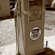Route 66 Gas Pump Art Print