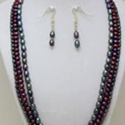 3562 Triple Strand Freshwater Pearl Necklace Set Art Print