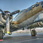 B17 Flying Fortress On The Ramp At Livermore Art Print