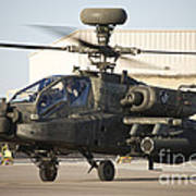 Ah-64d Apache Longbow Taxiing Art Print