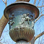 A Navy Yard Urn In Lafayette Square -- West Art Print