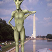 Alien Vacation - Washington D C Art Print