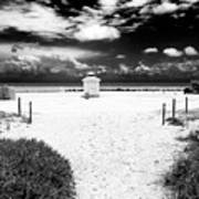 Almost There In South Beach Art Print