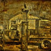 At The Pumps No.7009a1 Art Print