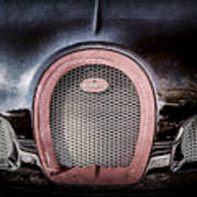 Bugatti Veyron Legend Grille Emblem -0488ac Art Print