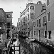 Calle A Venezia Art Print