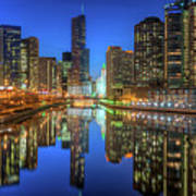Chicago River East Art Print