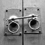 Chinese Door And Lock - Black And White Art Print