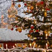 Christmastime At Tivoli Gardens Print by Keenpress