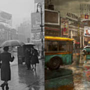 City - Ny - Times Square On A Rainy Day 1943 Side By Side Art Print