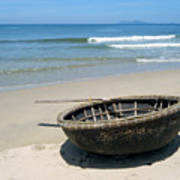 Coracle On Danang Beach Print by Steven Scott