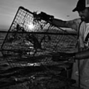 Crabbing On The Potomac Art Print