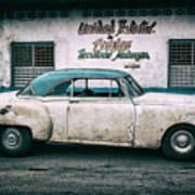 Cuban Pontiac at Territorio Matanzas Art Print