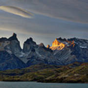 Cuernos Sunset Begins #4 - Patagonia Art Print