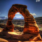 Delicate Arch Framing La Sal Mountains Art Print