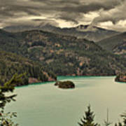 Diablo Lake - Le Grand Seigneur Of North Cascades National Park Wa Usa Art Print