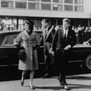 Escorted By President Kennedy Art Print by Everett