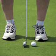 Golfing Lining Up The Putt Art Print