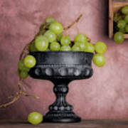 Grapes Centerpiece Art Print