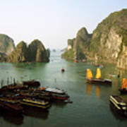 Ha Long Bay Art Print